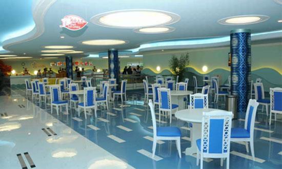 平壌市内のムンス遊泳場にあるファストフード店