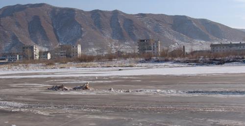中朝国境を流れる豆満江