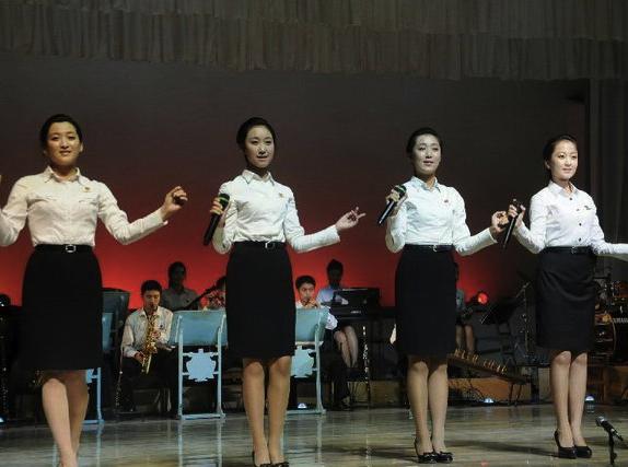 北朝鮮の芸術家養成学校「金星学園」の生徒たち