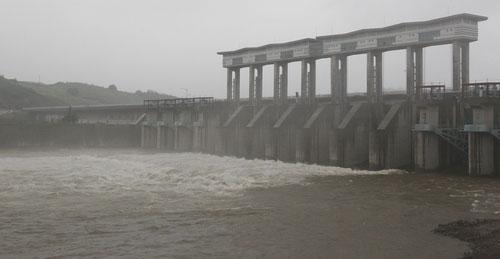 北朝鮮最大の水豊(スプン)ダム
