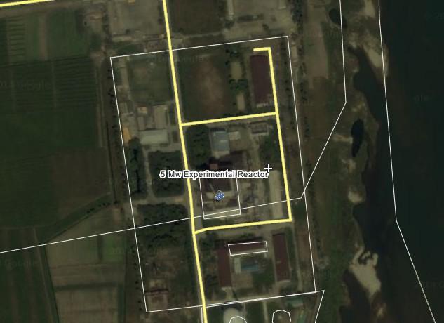 北朝鮮寧辺原子炉の衛星写真 @Wikimapia