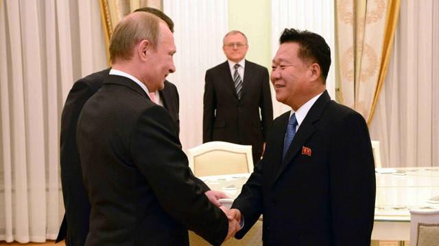 ロシアを訪問した崔龍海