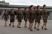 北朝鮮の女性軍人 ©Roman Harak