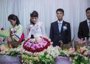 平壌で結婚式をむかえたカップル/Wengy Simmons