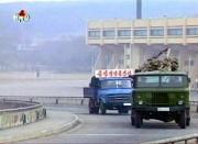 クズ鉄を運ぶトラック