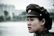 朝鮮人民軍の女性兵士 ©Matt Paish