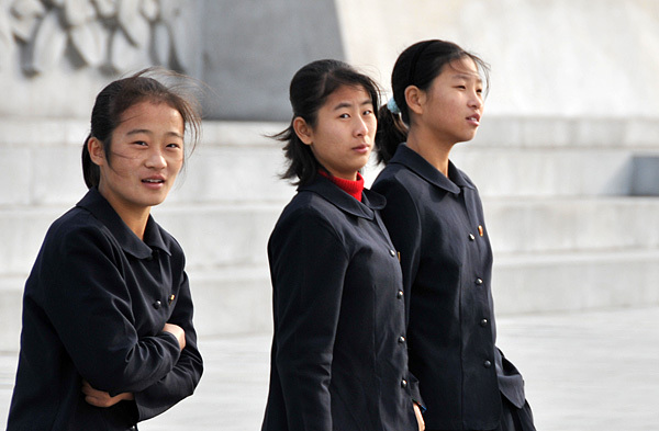 平壌の女子中学生 (画像:qwert963852)
