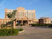 羅先のエンペラーホテル
