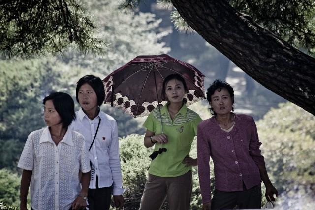平壌の女性たち(本文とは関係ありません) ©Matt Paish