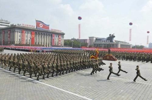 2013年の建国記念日に開催された軍事パレード(参考写真)