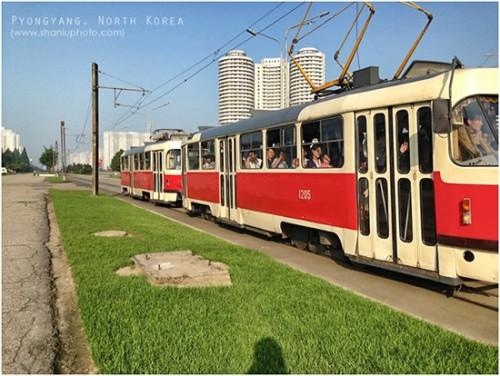 平壌の路面電車(画像:芦芦)