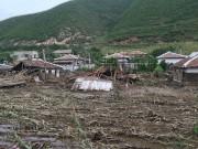 2016年の水害で破壊された咸鏡北道茂山に近い村(画像:UNICEF)