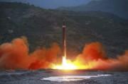 弾道ミサイル「火星12」型(2017年5月15日付労働新聞より)