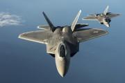 米空軍のステルス戦闘機F-22ラプター(米空軍提供)