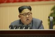 朝鮮労働党第5回細胞委員長大会で演説する金正恩氏(2017年12月24日付労働新聞より)