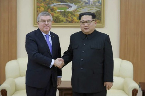 IOCのバッハ会長と会談した金正恩氏(2018年3月31日付労働新聞より)