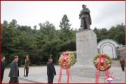 朝鮮戦争の休戦から65年に際し中国人民志願軍烈士陵園を訪れた金正恩氏(2018年7月27日付朝鮮中央通信)