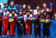 スウェーデンで行われた世界選手権で銅メダルを獲得した卓球女子団体の南北合同チーム(2018年5月6日/大韓卓球協会提供)