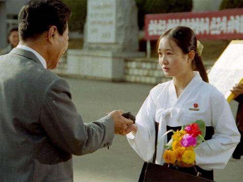 北朝鮮映画『ある女学生日記』のワンシーン