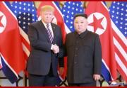 ベトナム・ハノイでの首脳会談1日目に臨んだ金正恩氏とトランプ氏(2019年2月28日付朝鮮中央通信)