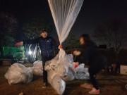 ビラを北朝鮮に向けて飛ばす自由北韓運動連合(2019年4月14日、ニューシスKOREA)