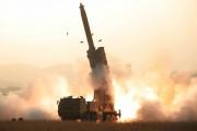 北朝鮮が10月31日に試射した超大型ロケット砲(2019年11月1日付労働新聞)