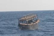 船上で16人殺害が行われたとされる北朝鮮のイカ釣り漁船(韓国統一省提供)