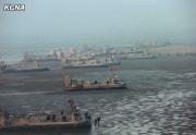 北朝鮮海軍のホバークラフト部隊(2014年11月23日付朝鮮中央通信)