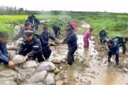 2019年9月、水害対策に当たる北朝鮮の人々(労働新聞)