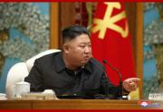 金正恩氏の司会の下、労働党中央委員会第7期第19回政治局拡大会議が開かれた(2020年10月6日付朝鮮中央通信より)
