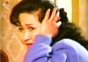 小説「友」を原作にした北朝鮮ドラマ「家庭」のワンシーン(朝鮮中央テレビ)