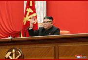 朝鮮労働党中央委員会第8期第1回総会での金正恩氏(2021年1月11日付朝鮮中央通信)