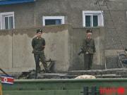 新義州の朝鮮人民軍兵士たち(デイリーNK)
