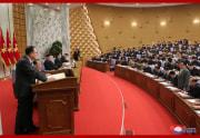 朝鮮労働党第8期第2回総会第2日目会議で討論する趙甬元党書記(2021年2月11日付朝鮮中央通信)