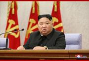 労働党第8期第2回総会第2日目会議を指導した金正恩氏(2021年2月10日付朝鮮中央通信)