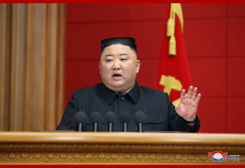 責任書記講習集会4日会議で閉幕の辞を述べた金正恩氏(2021年3月5日付朝鮮中央通信)