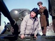 戦車に搭乗する金正恩氏(朝鮮中央テレビ)