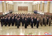 金正恩氏が錦繍山太陽を参拝した(2021年7月8日付朝鮮中央通信)